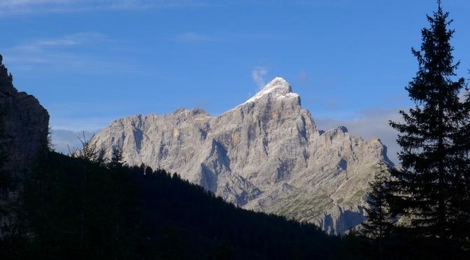 Von der Hütte Citta di Fiume zur Hütte Tissi